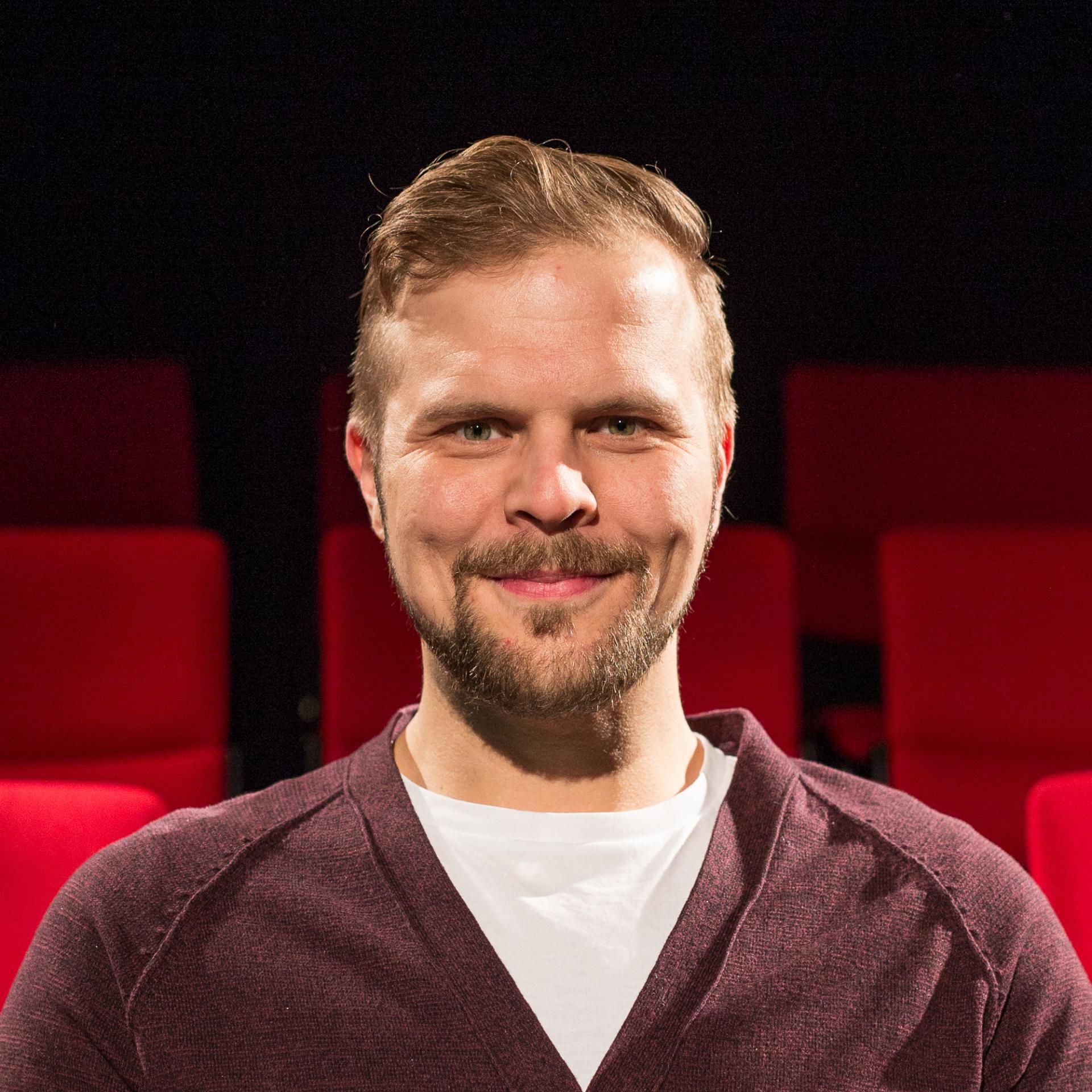Jussi Helminen - Teatterikone